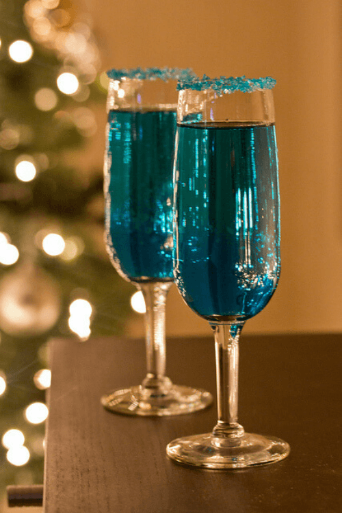 Blue Sparkling Star Cocktail - Tastefully Eclectic